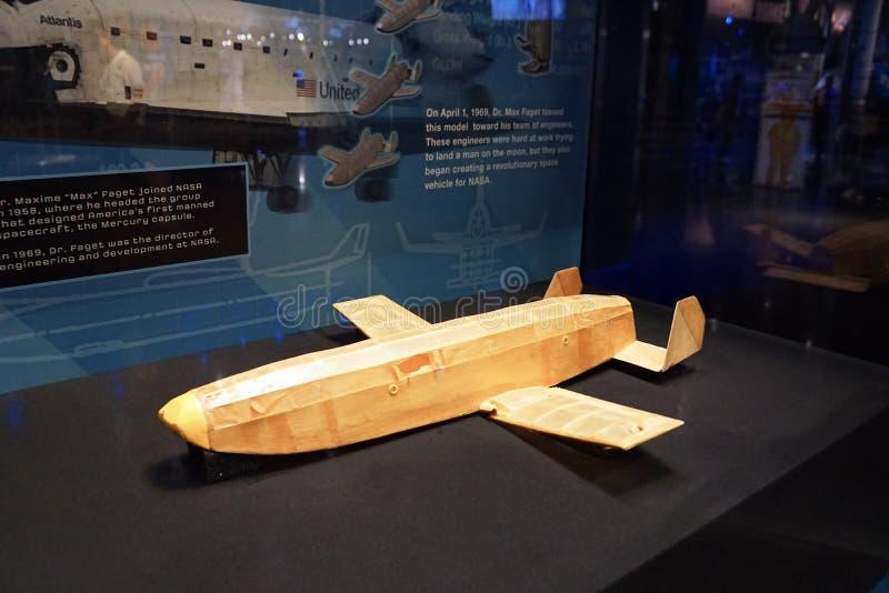 Modelo de papel do vaivém espacial fotografia de stock royalty free