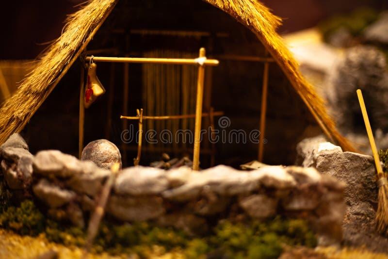 Modelo diminuto da cabana Jogando o brinquedo para uma criança Playset da cabana para crianças Mini cabana para a exposição Model imagens de stock