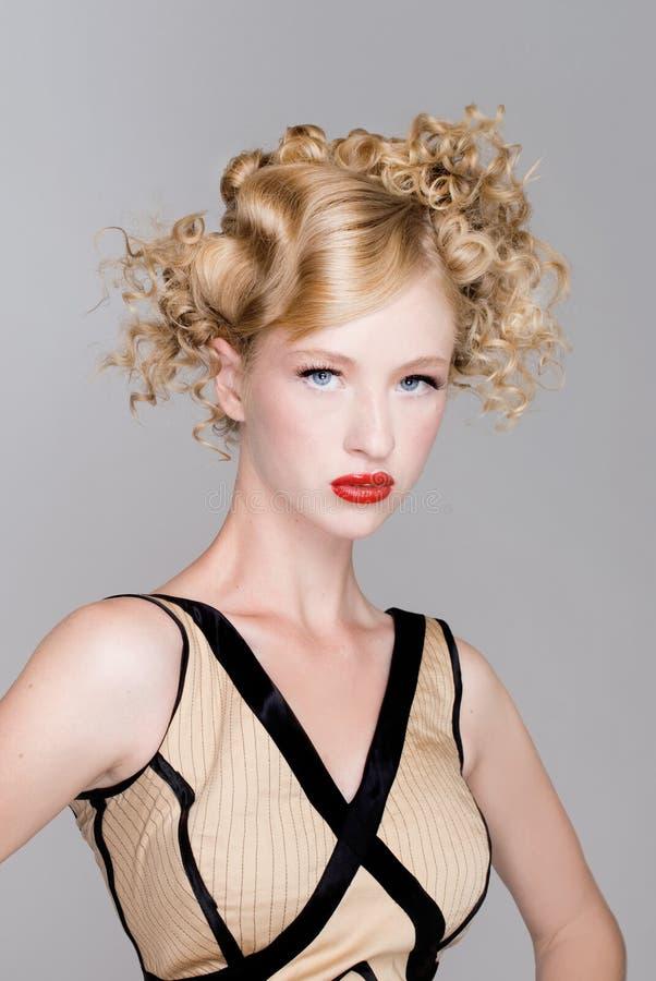 Modelo do cabelo da forma do salão de beleza imagem de stock royalty free