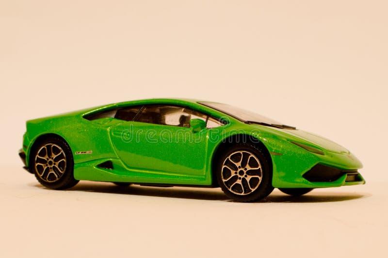 Modelo do 1:43 de BBurago Lamborghini Huracan LP610-4 imagens de stock royalty free