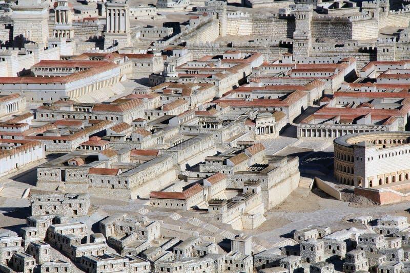 Modelo do Jerusalém antigo que focaliza em dois palácios foto de stock royalty free