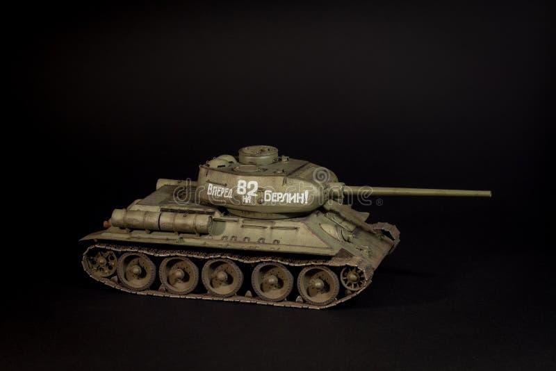 Modelo do tanque T-34/85 de União Soviética foto de stock