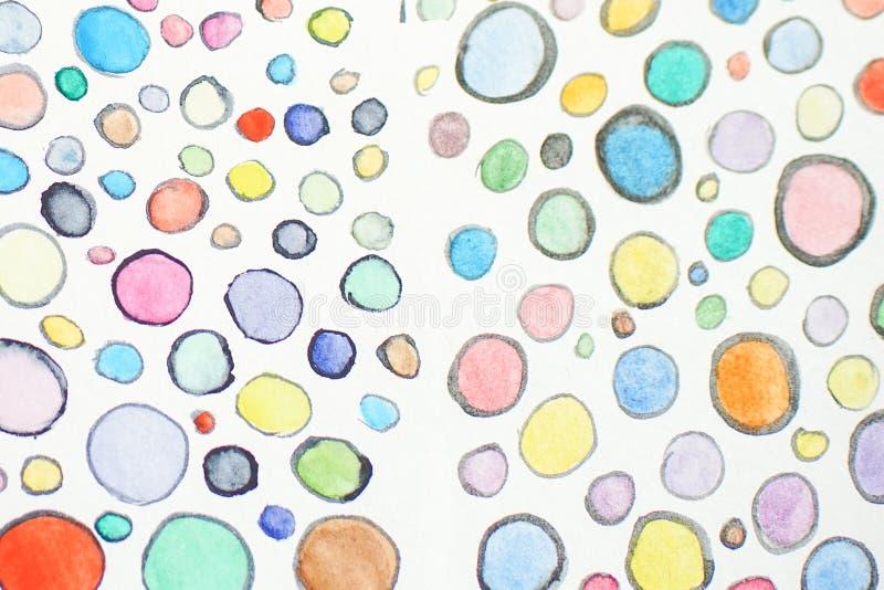Modelo exhausto de los c?rculos de la mano multicolora de la acuarela Las formas redondas adornan Las burbujas pintadas coloreada imágenes de archivo libres de regalías