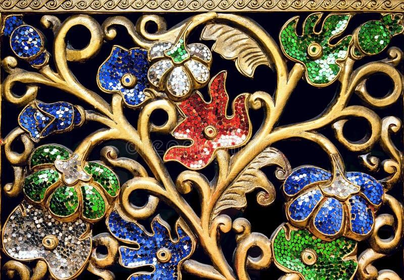 Modelo hermoso con los rhinestones coloreados imagen de archivo libre de regalías