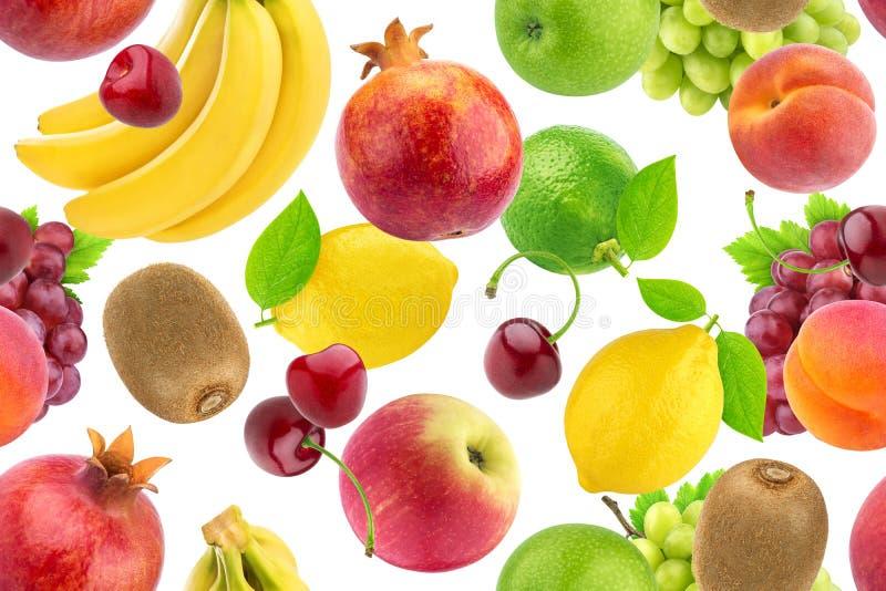 Modelo inconsútil de diversas frutas y bayas Frutas tropicales que caen aisladas en el fondo blanco imagen de archivo libre de regalías