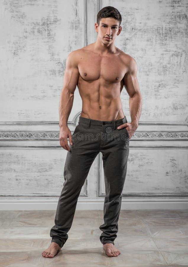 Modelo masculino imágenes de archivo libres de regalías