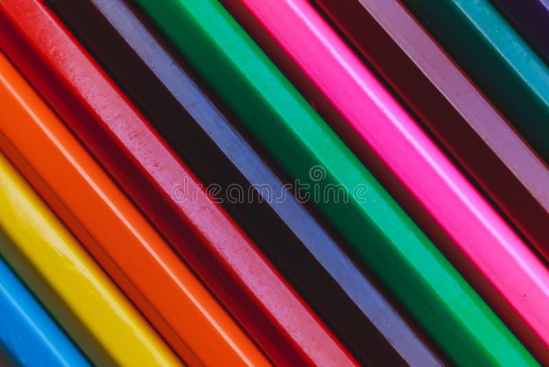 Modelo multicolor de los lápices wallpaper imagen de archivo