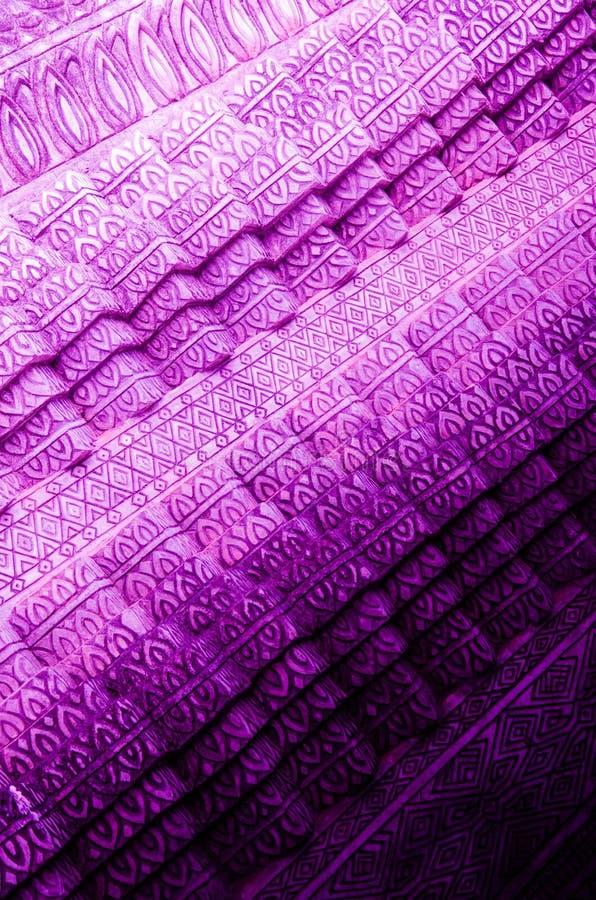 Modelo púrpura y oscuro fotos de archivo