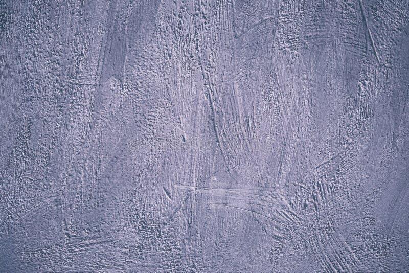 Modelo pintado de acrílico para el diseño de la decoración Muro de cemento púrpura, textura Arte abstracto Diseño artístico viole fotografía de archivo libre de regalías