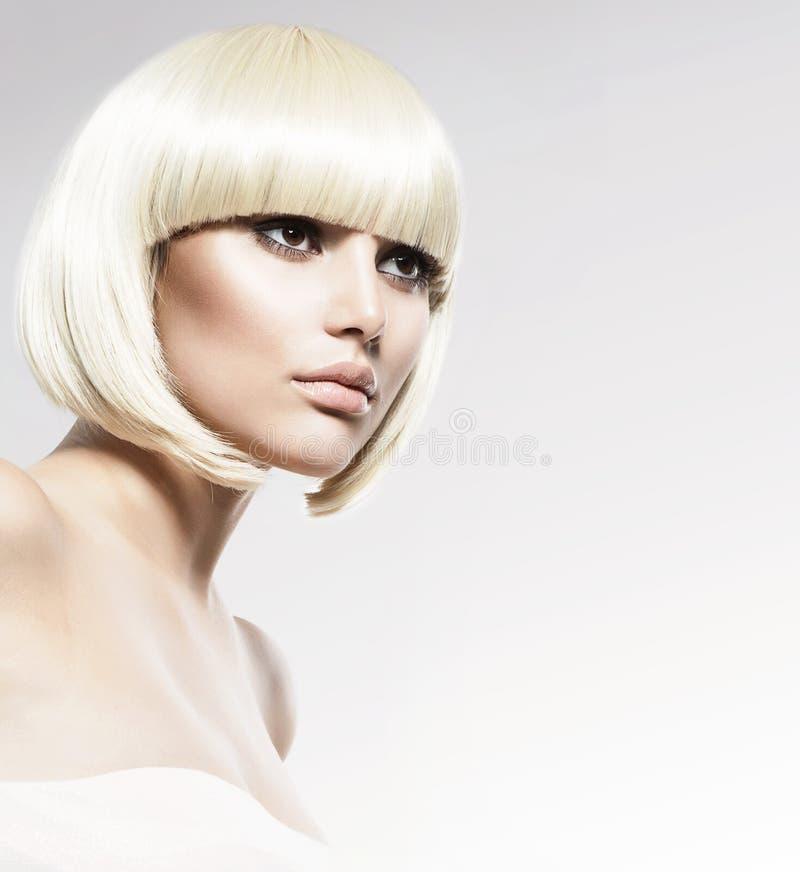 Modelo Portrait do estilo de Vogue imagens de stock royalty free