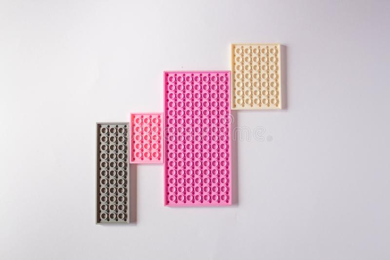 Modelo rosado en colores pastel con el espacio para el texto stock de ilustración