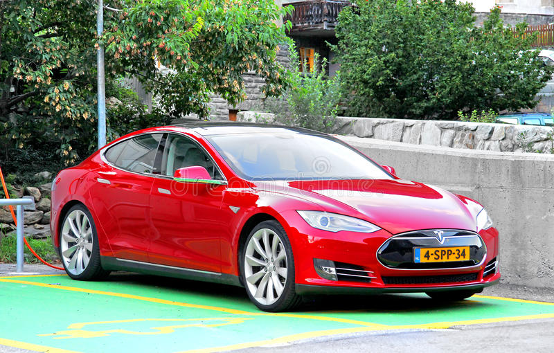 Modelo S de Tesla fotos de archivo