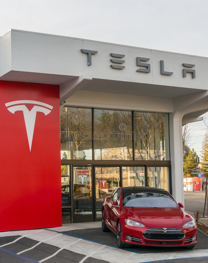 Modelo S de Tesla imagem de stock royalty free