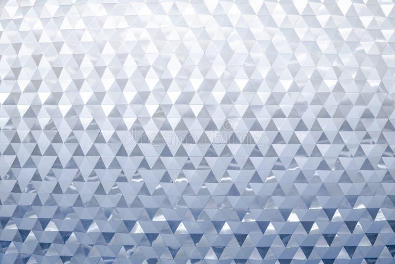 Modelo triangular met?lico moderno de la pared del extracto foto de archivo libre de regalías