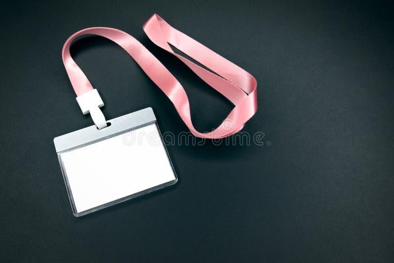 Modelo vazio branco da identidade do pessoal com correia cor-de-rosa imagem de stock royalty free