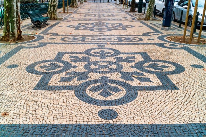 Modelos geométricos de calzadas públicas en Lisboa fotografía de archivo libre de regalías