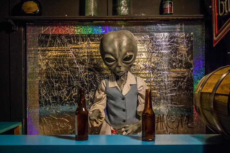 Modelos miniatura del UFO en Roswell, New México imagenes de archivo