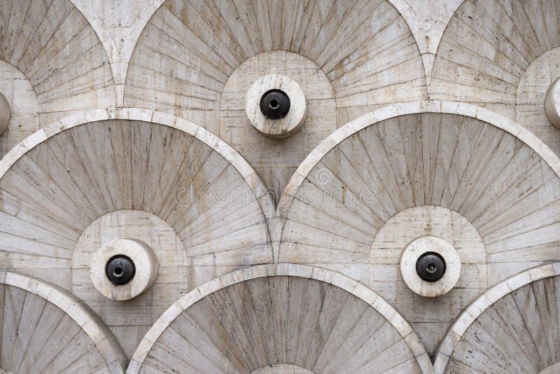 Modelos redondos en la escalera de la cascada en Ereván, Armenia fotografía de archivo
