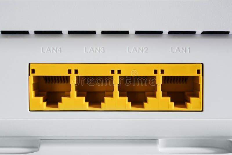Modem de VDSL, dispositif combiné pour la modulation et démodulation LAN de ports de réseau photos libres de droits