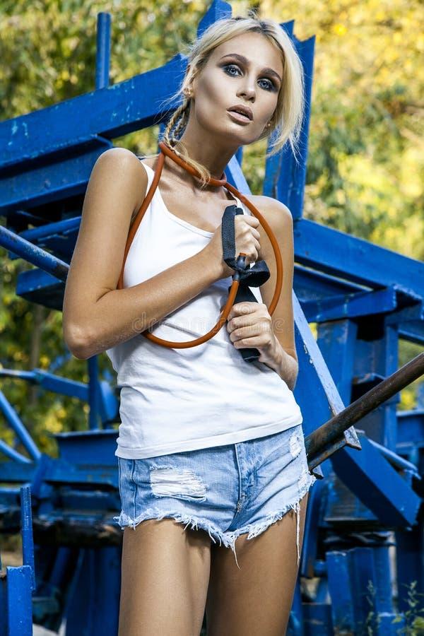 Modemodell med rephopp royaltyfri bild
