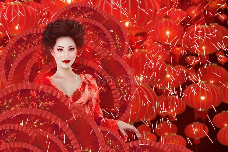Modeporträt der Frau der chinesischen Art stockbild