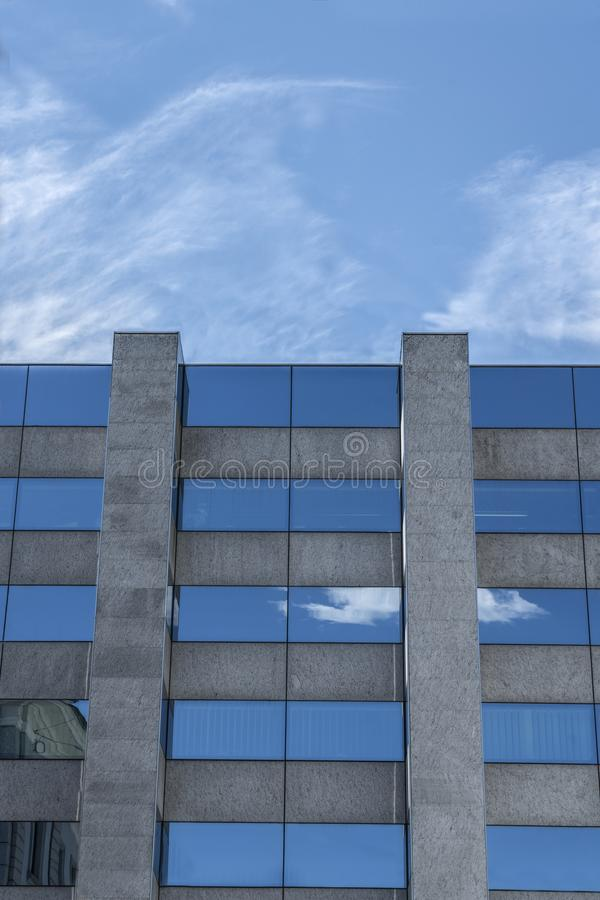 moder大厦的看法 免版税库存照片