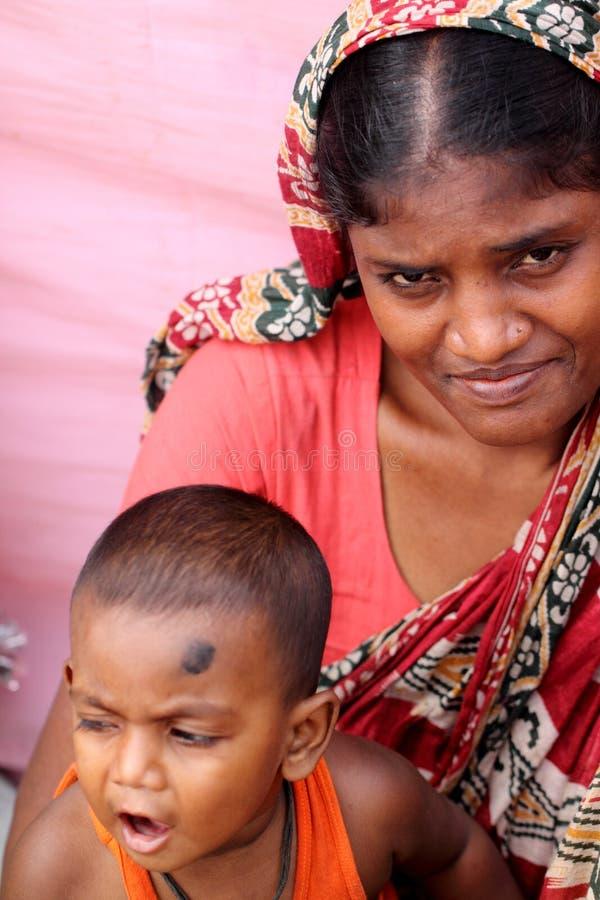 Moder med barnet arkivbild