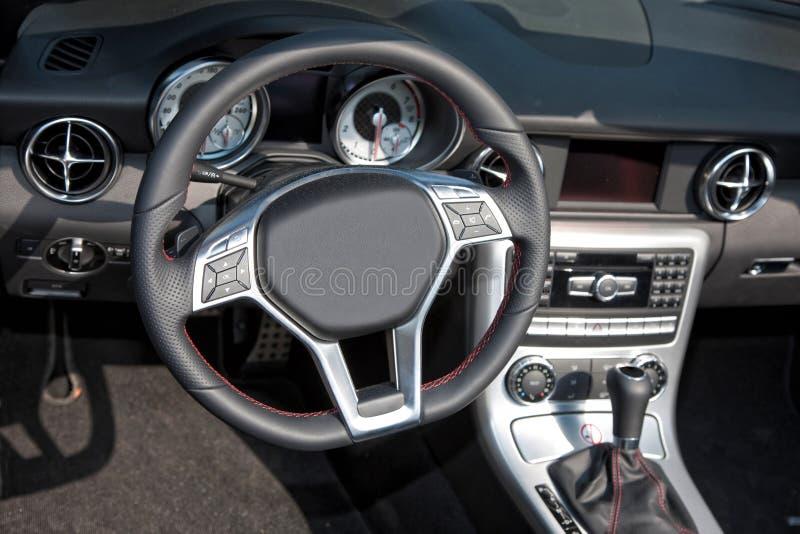 Moder nowy Samochodowy wnętrze obraz stock