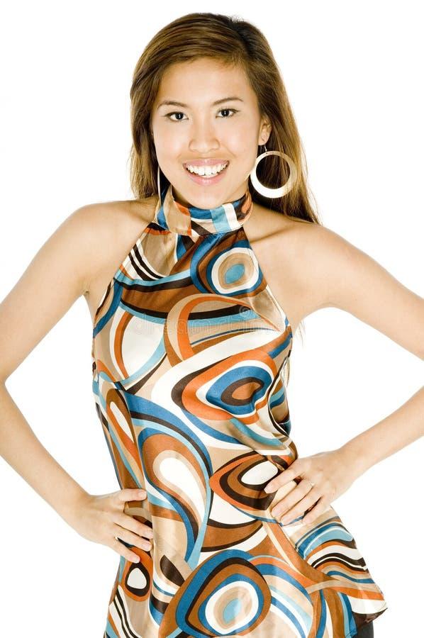 Moderiktig asiatisk kvinna arkivbild