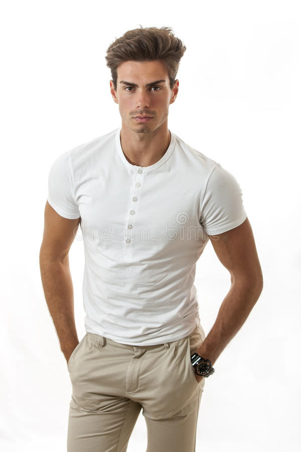 Moderiktig frisyr för manlig manlig modell fotografering för bildbyråer