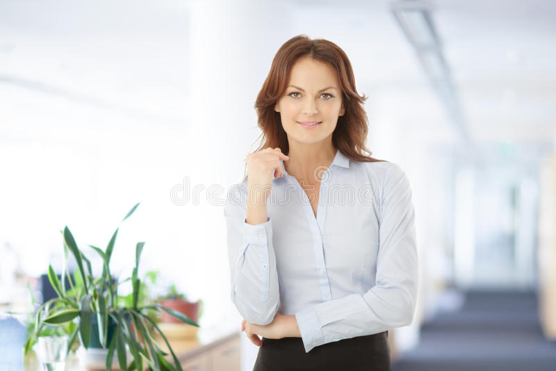 Modern affärskvinna Portrait fotografering för bildbyråer