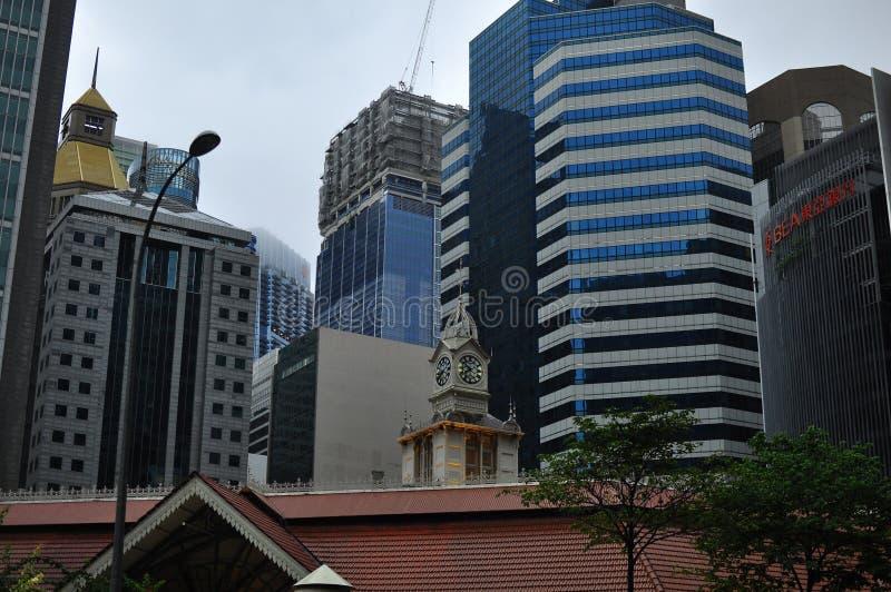 Modern architectuurontwerp in de hoge de stijging van Singapore bouw van het financiële en bedrijfsdistrict royalty-vrije stock foto's