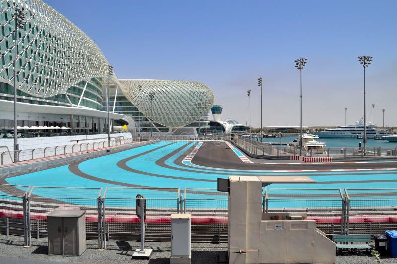 Modern arkitektur i Abu Dhabi, Förenade Arabemiraten royaltyfri foto