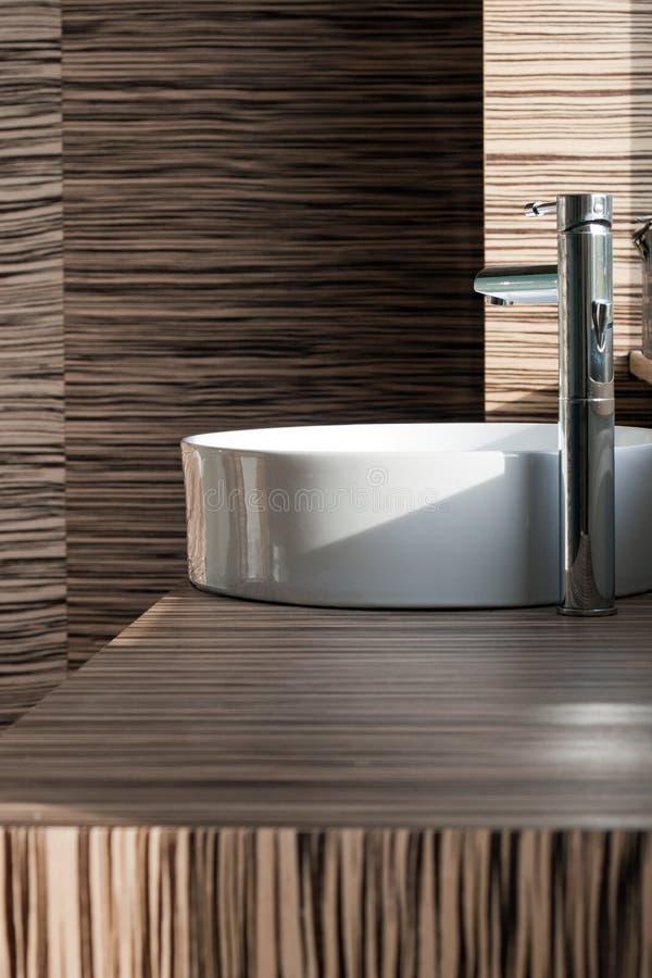 Modern badkamersdetail stock afbeelding