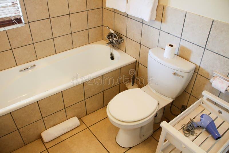 modern badrum fotografering för bildbyråer