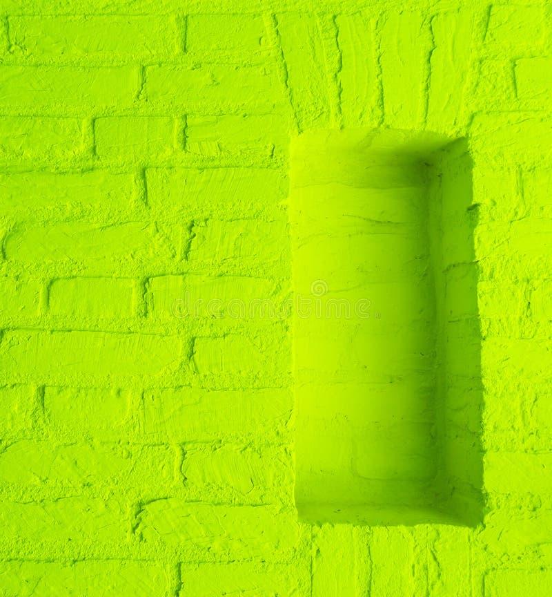 Modern bakgrund för textur för vägg för tegelsten för sten för tappninglimefruktgräsplan med tomt arbete för fönsterram arkivfoto