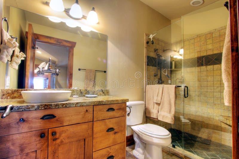 Modern bathroom. A large, well furnished, luxury bathroom
