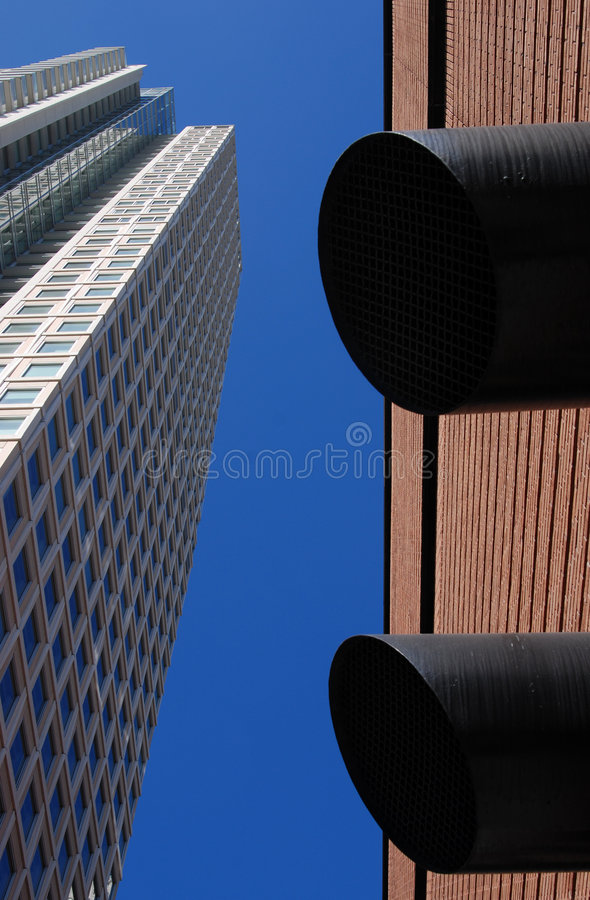 Free Modern Buildings Royalty Free Stock Images - 3047339
