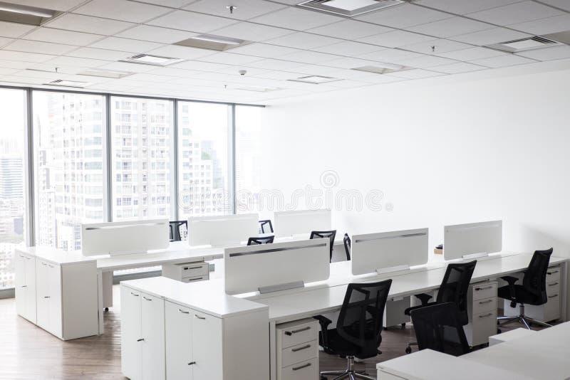 Modern bureau met open plek aan het werk royalty-vrije stock foto's