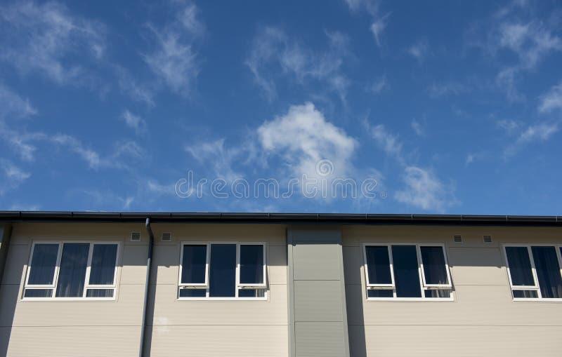 Modern byggnad för arkitekturdetalj royaltyfri foto