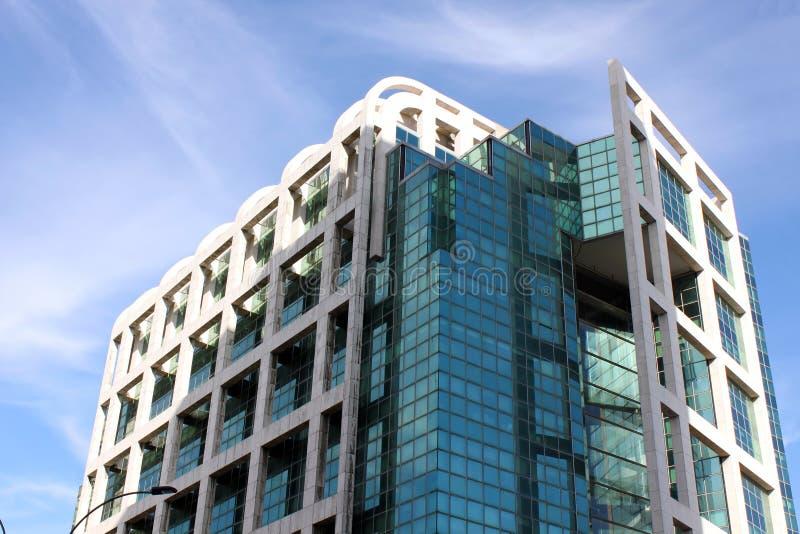 Modern byggnad i Montevideo arkivfoton