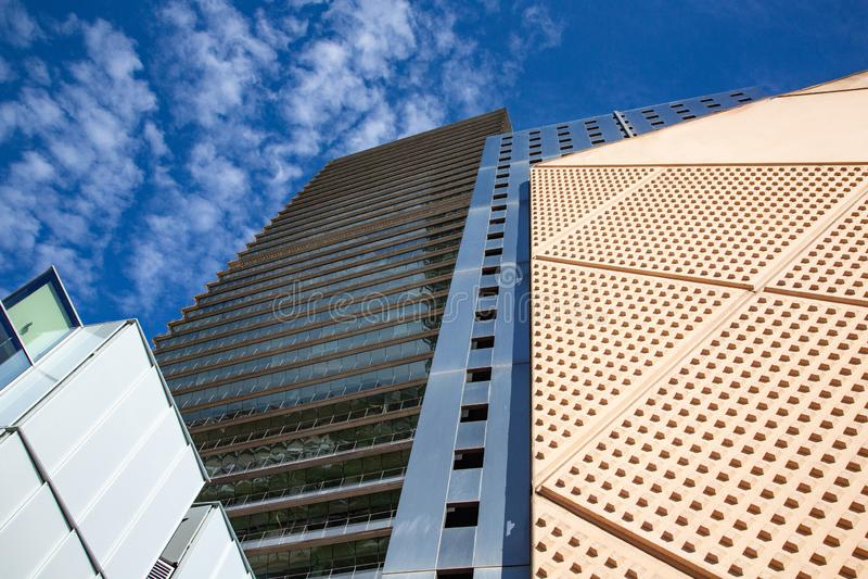 Modern byggnadsglasvägg arkivbilder