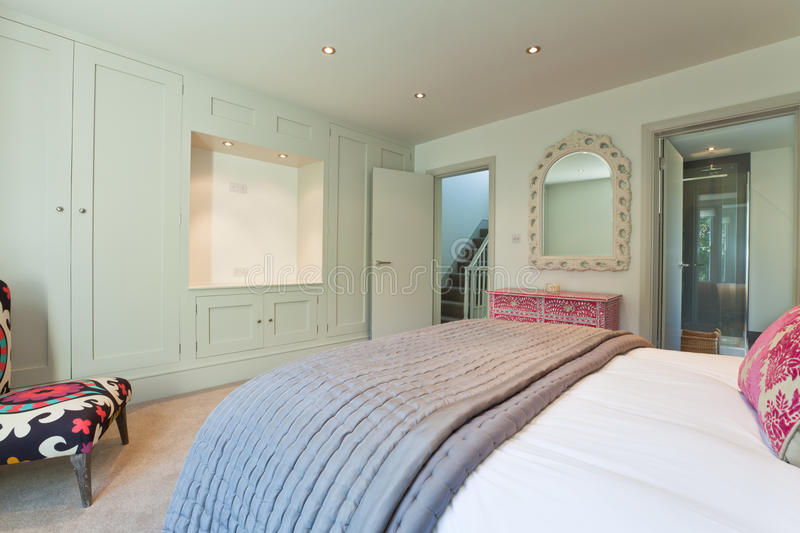 modern chic bedroom. Download Modern Chic Bedroom stock photo  Image of bedspread house 16907950
