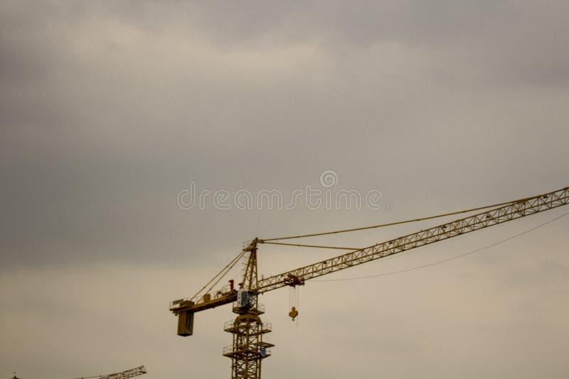Modern de bouwproces stock afbeeldingen