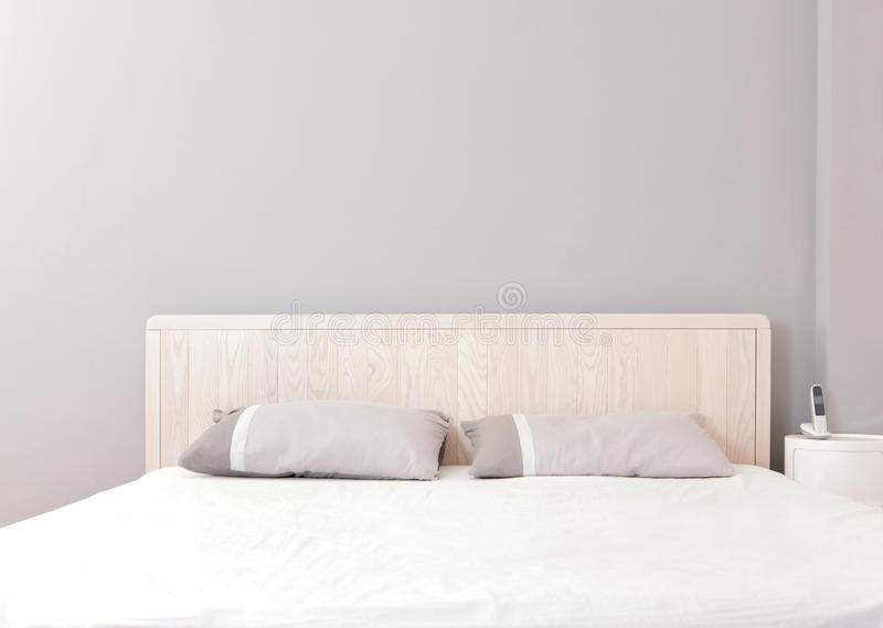 Modern double bedroom royalty free stock images