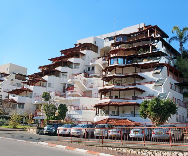 Modern Flatgebouw stock afbeeldingen