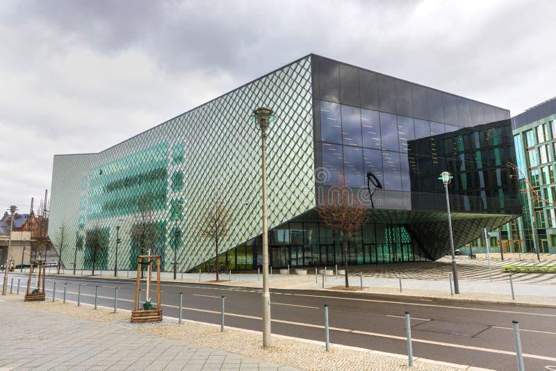 Modern futuriumregeringbyggnad berlin Tyskland royaltyfria foton