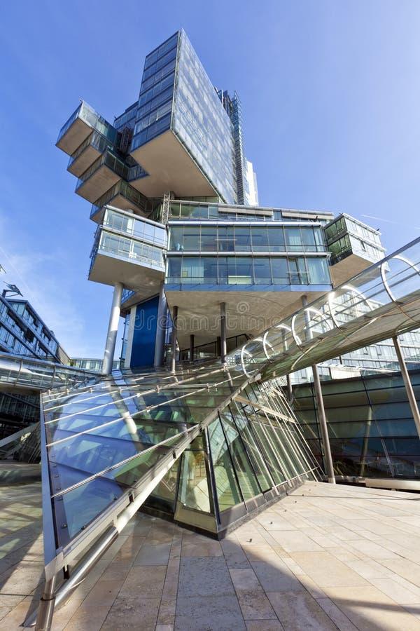 Modern arkitektur på Hannover, Tyskland arkivfoton