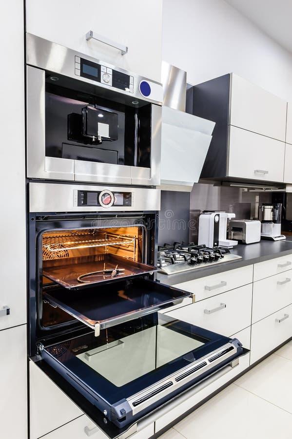 Modern Hi-tek Kitchen, Oven With Door Open Stock Photo ...