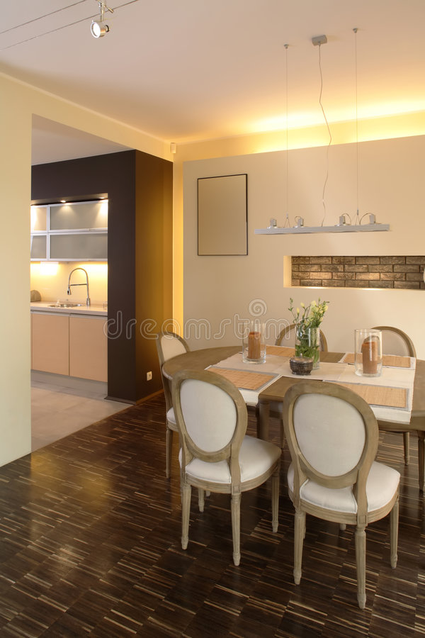 Free Modern Home Dining Room-2 Stock Photography - 1732272